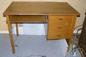 donne bureau donne bureau en bois gratuit 69008 lyon don mobilier et decoration