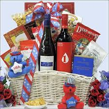 cheese and cracker gift baskets 32 best summer gift baskets images on summer gift