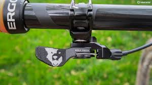 wolftooth remote light action wolf tooth remote review bikeradar usa