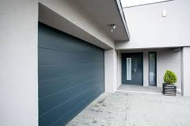 pro tips for choosing the best paint colors for your garage doors