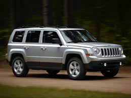 jeep patriot 2010 interior jeep patriot mk 2006 present review problems specs