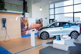 bmw dealership design further expansion as lookers acquires first bmw and mini franchise