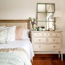 Shabby Chic Dressers by 8 Reasons And 28 Examples To Use Vintage Dressers In Your Interior