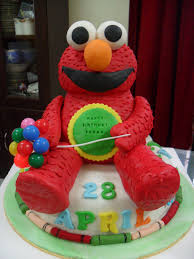 aniesbakehouse baby elmo cake is relaxing