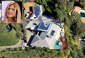 Celebrity Homes In Beverly Hills by Jennifer Aniston Photos Inside Celebrity Homes Pool Spa And