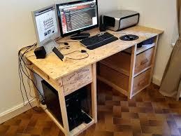 comment fabriquer un bureau en bois construire un bureau en bois caissons bureau construire bureau en