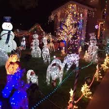 christmas houses chestnut christmas lit houses 268 photos 44 reviews local