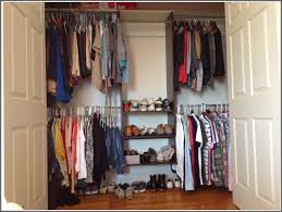 How To Organize Pants In Closet - how to organize clothes in small closet saragrilloinvestments com