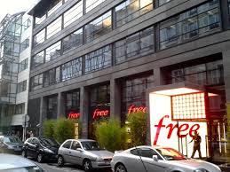 siege free visite du free center de cachem