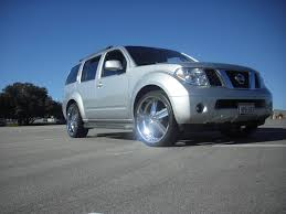 2006 nissan pathfinder se off road sport utility 4d view all