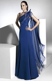 fotos vestidos de madrinas novia vestidos de madrina de color azul la novia más feliz