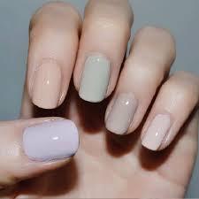 5 nail polish colors that look perfect for a full week nail