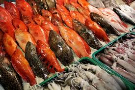 The Best Fish Restaurants In Tel Aviv Tank To Table Dining At The Seaside Market On Macapagal Boulevard
