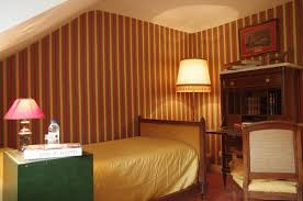 chambre attenante chambre attenante à la suite junior jean françois fré minibar