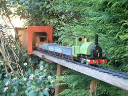 file rail buskerville railway amoswolfe jpg wikimedia commons