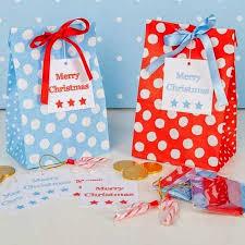 christmas wrap bags a dozen christmas wrapping ideas
