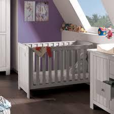 chambre bébé cocktail scandinave découvrez nos lits bébés et nos lits extensibles en bois