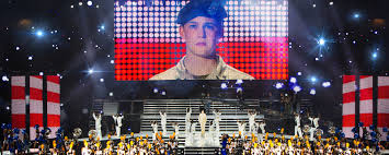 walk the line thanksgiving scene deep focus billy lynn u0027s long halftime walk film comment