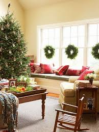 Decorating Windows Christmas Wreaths by 85 Best Holidays Window Ideas Images On Pinterest Christmas