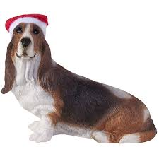 sandicast basset hound with santa hat
