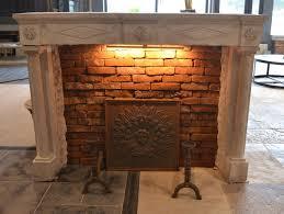 cheminee ethanol style ancien découvrez la cheminée style empire en pierre calcaire jambage