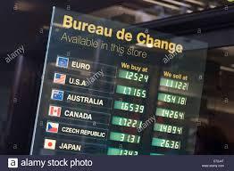 bureau de change 91 currency exchange bureau stock photos currency exchange bureau