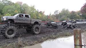 white jeep stuck in mud 5 stupid pickup truck modifications