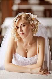 coiffure mariage cheveux courts 8 idées coiffures de mariée pour cheveux courts les mistinguettes