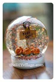 thanksgiving snow globe title u003e guest post halloween snow globe from thediyvillage u003c title