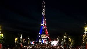 eiffel tower christmas lights day 10 france june 19th light up the eiffel tower by orange