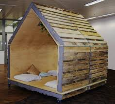 pallet indoor outdoor fort very easy and affordable i u0027m totally