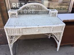 White Wicker Desk by Nice Little Vintage White Wicker Desk Heritage Collectibles