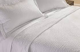 Summer Coverlet Amazon Com Courtyard By Marriott Hotel Rippled Coverlet King