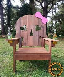 Wooden Skull Chair Two Fisted Sassy Skull Pallet Chair U2022 1001 Pallets