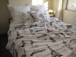 Paris Themed Bedroom Ideas Paris Themed Bedrooms Black And White Grey Bedding Black Drawer