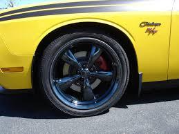 dupli color caliper paint and black chrome wheels dodge