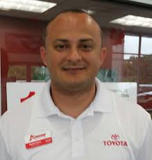 advantage toyota used cars martin flores employee ratings dealerrater com