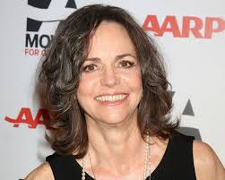 photos of sally fields hair 30 awe inspiring hairstyles for women over 60 slodive