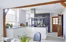 hochglanz küche weiße hochglanz küche zerox grifflos