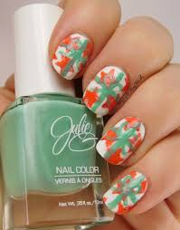 12 days of christmas nail art challenge presents be happy and