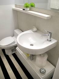 small bathroom ideas to make this cozy space look bigger
