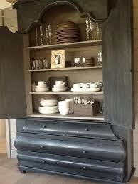 colors graphite and french linen chalk paint by annie sloan