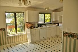 Furniture In The Kitchen by Tile Flooring In The Kitchen And Bathroom Home Decorating Designs