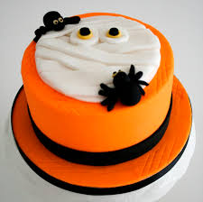 Creepy Halloween Cakes The Spookiest Cake Of The Year Is Here Le Dolci