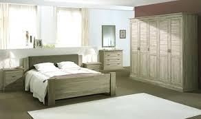 chambre bois lit en bois massif moderne chambre a coucher moderne bois massif
