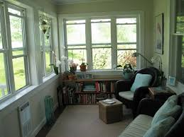 Best 25 Screened Porch Decorating by Best 25 Enclosed Front Porches Ideas On Pinterest Sunroom