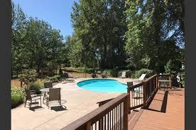 3 Bedroom Apartments Bellevue Wa Pinewood Village Apartments 14911 Ne 1st Pl Bellevue Wa Rentcafé