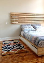 Queen Bed Frames And Headboards by Best 25 Queen Mattress Frame Ideas On Pinterest Diy Platform