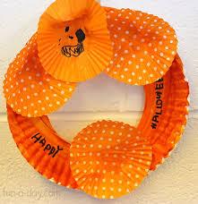 halloween craft for kids cupcake liner wreath