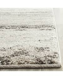 Modern Abstract Area Rugs Check Out These Cyber Monday Deals On Safavieh Retro Collection